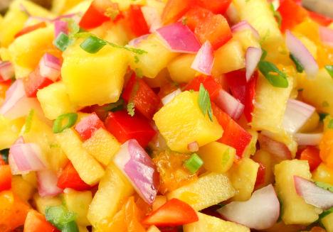 Salata de mango si ananas